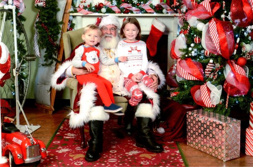 Elizabeth and Ian with Santa Claus (2015)